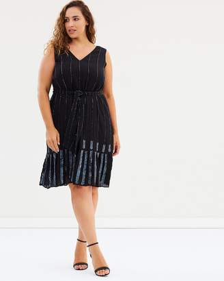 The Wardrobe Dress with Flapper Embellishment