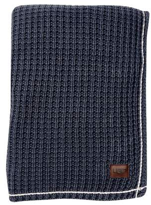 """UGG COLLECTION Luna Throw - Imperial Navy - 50\""""x70\"""""""