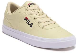 Fila G1002 Distress Sneaker