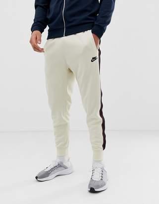 23698101ee3f Nike Beige Clothing For Men - ShopStyle Australia