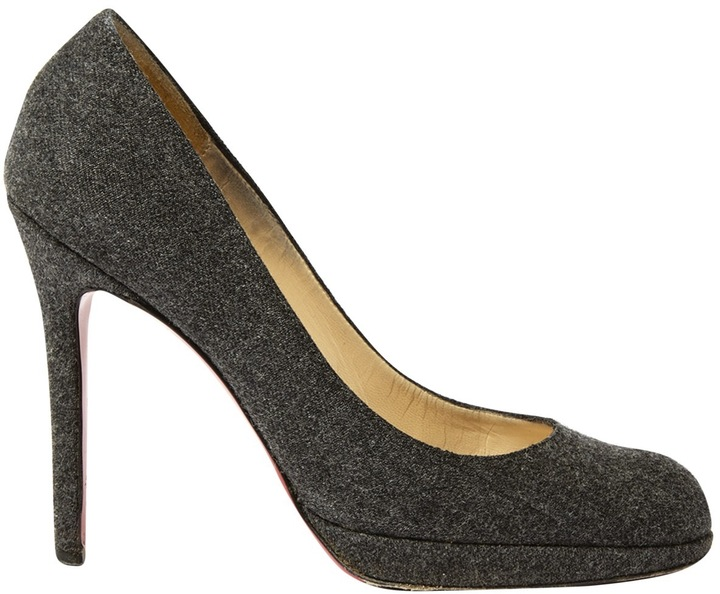 Christian Louboutin SImple pump cloth heels