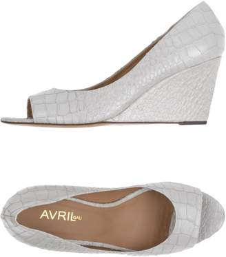 Avril Gau Pumps - Item 11301300RP