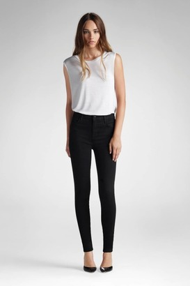 23110 Photo Ready Maria High-Rise Super Skinny in Vanity $189 thestylecure.com