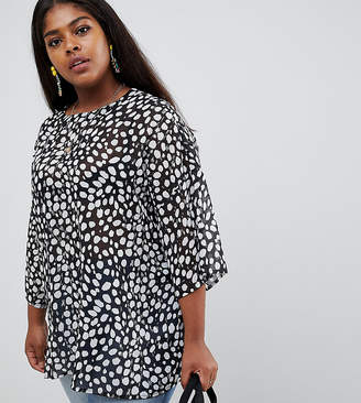 Glamorous Curve relaxed top in smudge polka dot