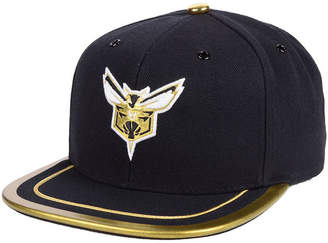 4a28d86ab6c Mitchell   Ness Charlotte Hornets Soutache Viz Snapback Cap