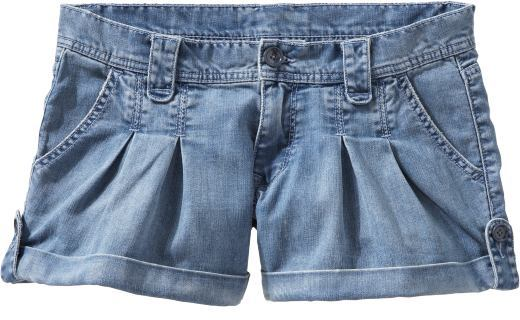 Women's Low-Rise Pleated Denim Shorts (3 1/2
