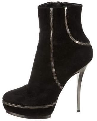Gucci Zipper-Accented Platform Boots