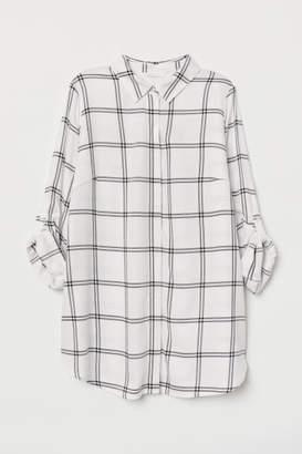 H&M MAMA Shirt