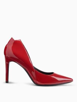 Calvin Klein randa patent leather pump