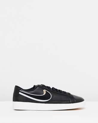 Nike Blazer Low LX - Women's