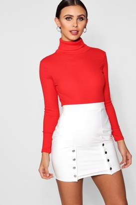 boohoo Petite Tanya Turtleneck Knitted Bodysuit