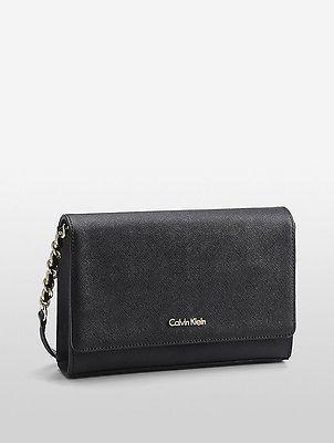 Calvin KleinCalvin Klein Womens Saffiano Clutch Black/Gold