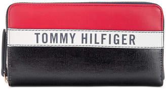 Tommy Hilfiger Julia Coated Canvas Zip Wallet