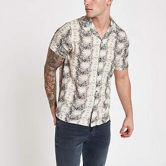 River Island Mens Ecru snake print short sleeve shirt