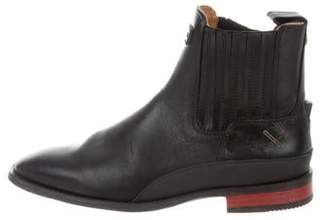 Hunter Round-Toe Ankle Boots