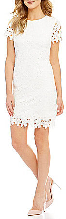 Betsey Johnson Betsey Johnson Short-Sleeve Allover Lace Shift Dress