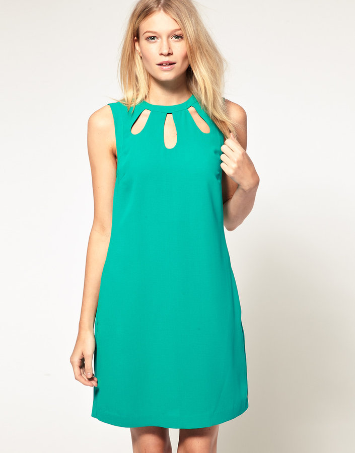 Oasis Keyhole Shift Dress