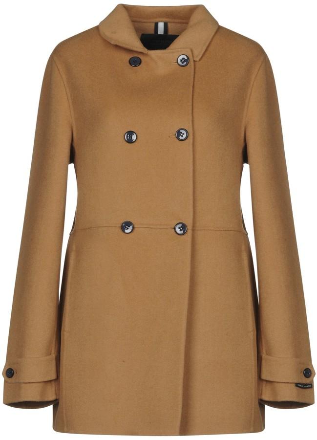 AT.P.CO Coats