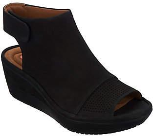Clarks Peep Toe Wedge Sandals -Wynnmere Abie