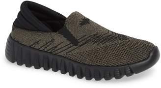 Bernie Mev. Simmi Knit Slip-On Sneaker