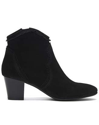 Daniel Footwear Daniel Lesma Suede Western Ankle Boots