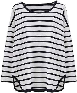 Goodnight Macaroon 'Tori' Striped Asymmetric Hem Long Sleeved T-Shirt (2 Colors)