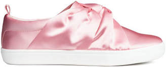 H&M Sneakers with Knot Detail - Pink