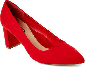Isaac Mizrahi Coral Red Tonight Pointed Toe Pumps