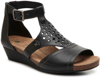Earth Origins Hermia Wedge Sandal - Women's