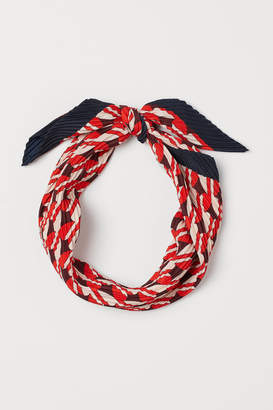 H&M Pleated Scarf - Red