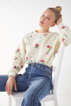 Urban Outfitters Aster Floral Sherpa Cropped Sweatshirt