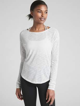 Gap GapFit Long Sleeve Cross-Back T-Shirt