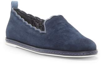 ED Ellen Degeneres Naleena Scallop Edge Slip-On Shoe