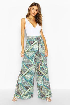 boohoo Mix Ditsy Floral Wide Leg Trouser