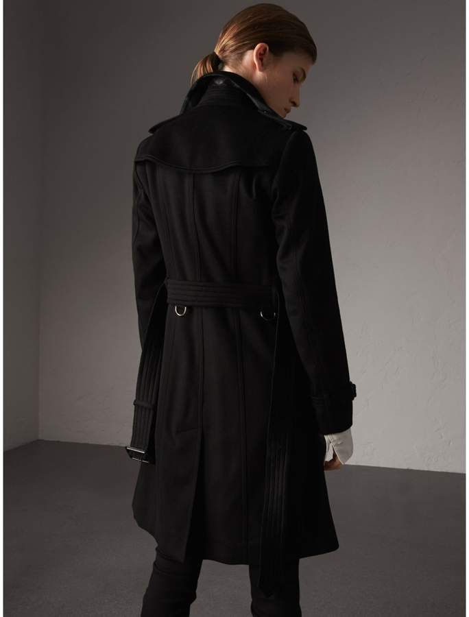 Burberry Sandringham Fit Cashmere Trench Coat , Size: 06, Black