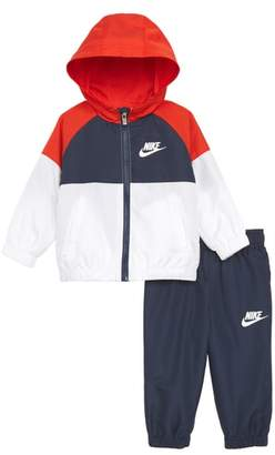 Nike Hooded Windbreaker Jacket & Pants Set