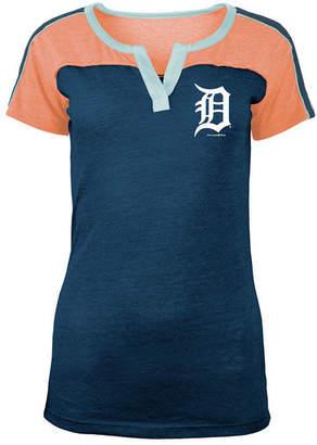 5th & Ocean Women Detroit Tigers Color Block V-Notch T-Shirt