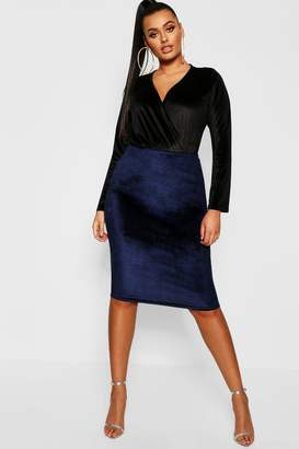 boohoo Plus Velvet Midi Skirt