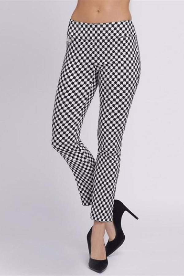 My Favorite Black and White Finds For Spring www.toyastales.blogspot.com #toyastales #checkprint #fashionblogger