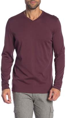 Robert Barakett Jefferson Long Sleeve V-Neck Tee