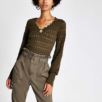 River Island Khaki knitted long sleeve V neck crop top