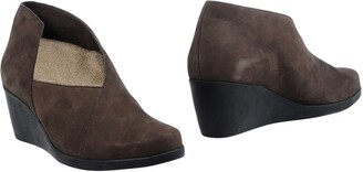 ARCHE Booties $189 thestylecure.com