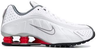 Nike R4 trainers