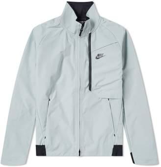 Nike Tech Fleece Shield Jacket