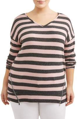 French Laundry Women's Plus Size Hi-Lo Striped V Neck Top with Zipper Sides