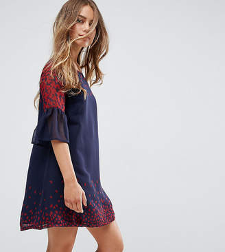Yumi Petite Frill Sleeve Shift Dress In Leaf Border Print