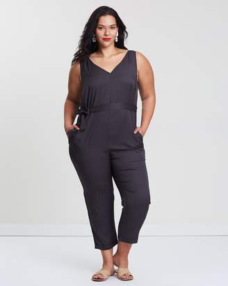 ICONIC EXCLUSIVE - Toni Relaxed Tencel Jumpsuit