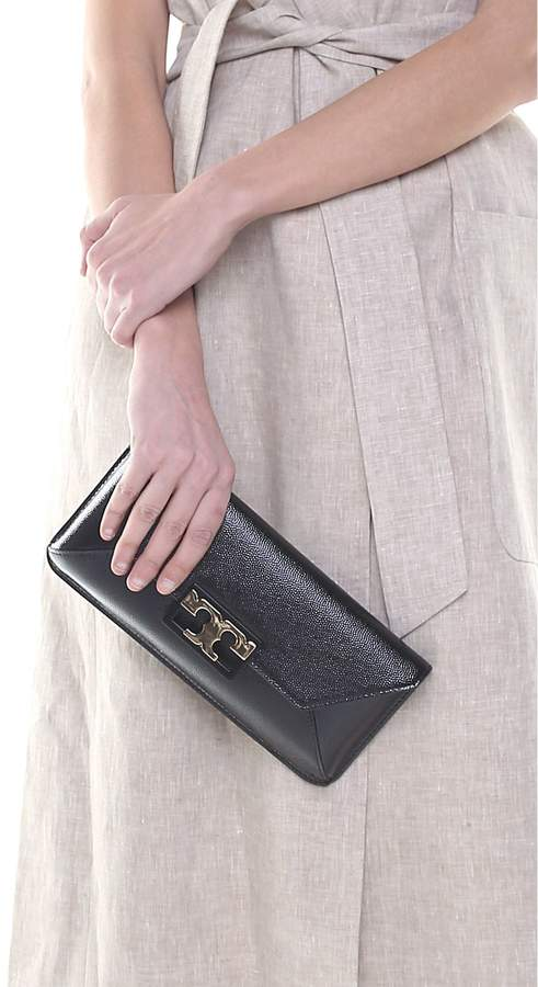 Tory Burch Gigi Shiny Grained-leather Clutch - NERO - STYLE