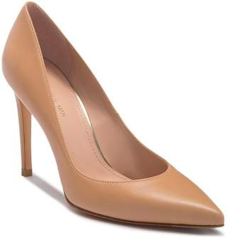 Stuart Weitzman Royal Stiletto Pump