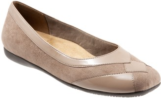 Trotters Slip-On Textured Flats - Sharp